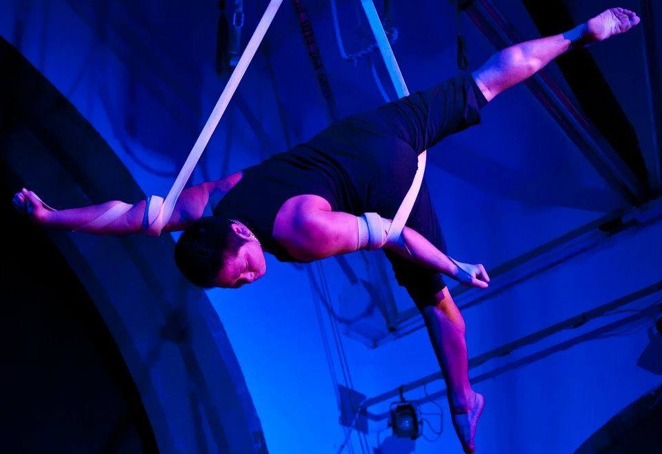 Aerial Silk Workshop with Zaki Musa