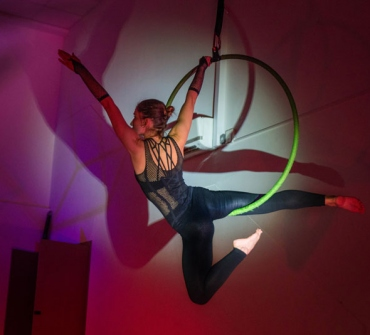 TRAPEZE AND AERIAL HOOP